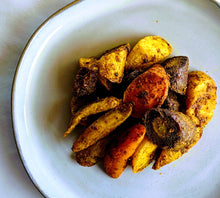 Load image into Gallery viewer, Turmeric & Ginger Roasted Rainbow Carrots