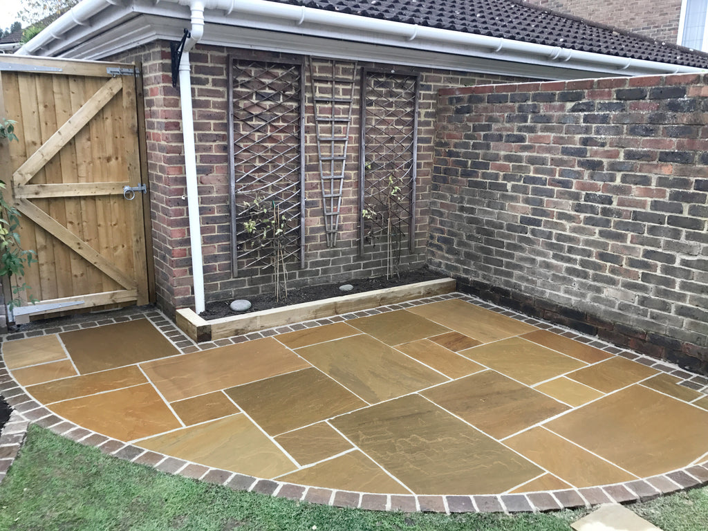 AN INSTALLATION GUIDE TO NATURAL PAVING