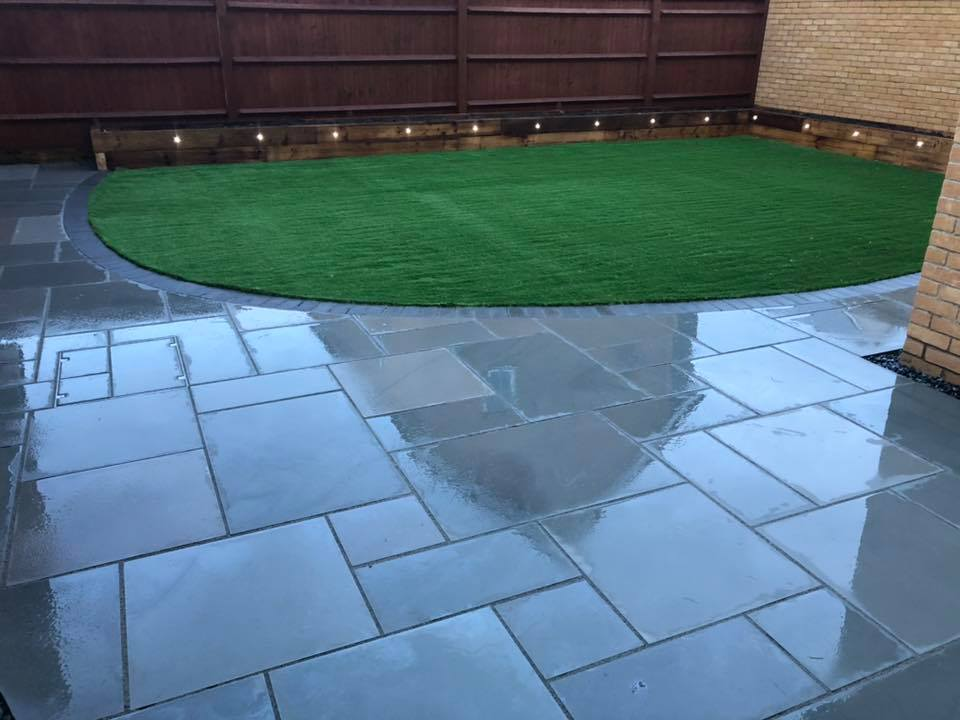EM Natural Stone - Smooth Silver Grey