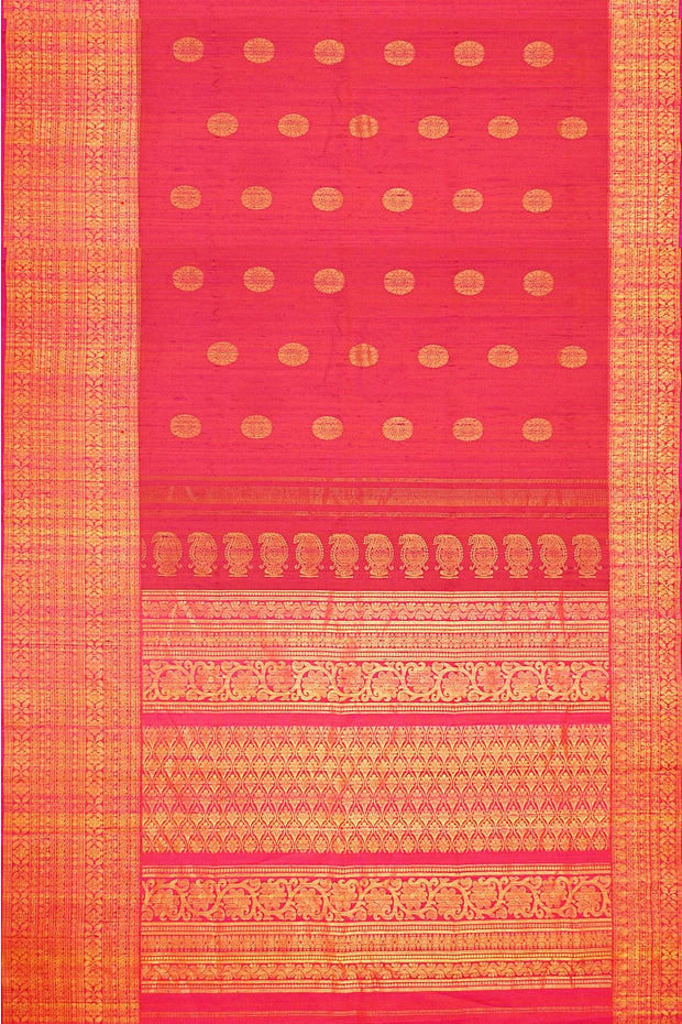 Handloom Gadwal silk saree in orangish pink in jute finish with buttas - Anivartee