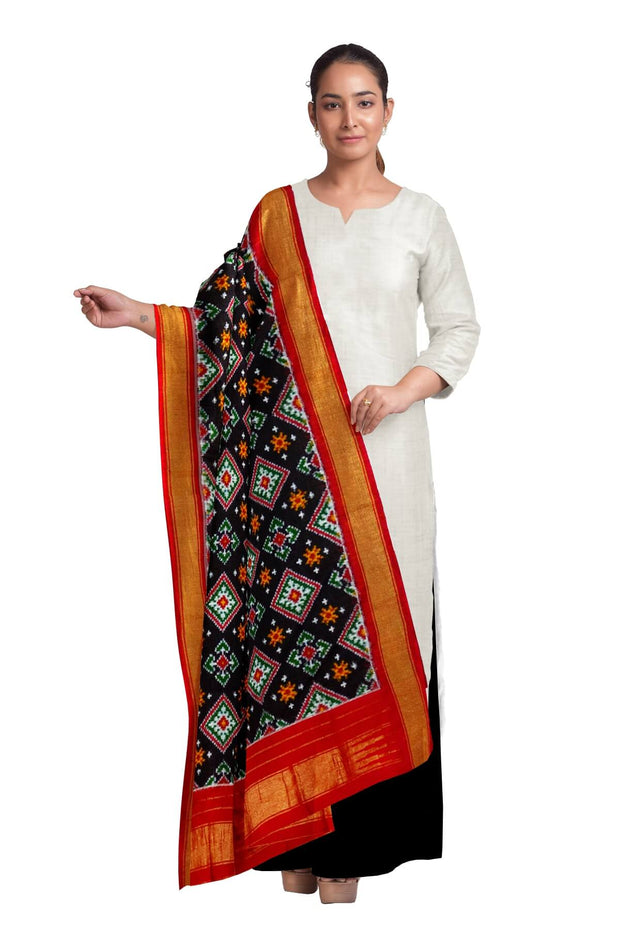 Double ikkat pure silk dupatta in diamond pattern