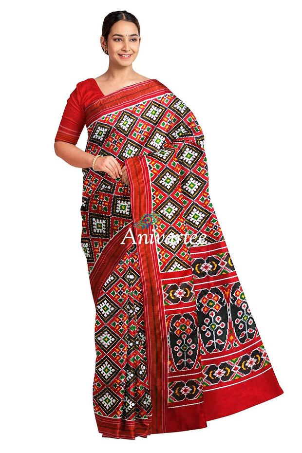 Gorgeous double ikkat pure silk saree in maroon in choktha bhat (diamond pattern)