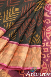 Handloom Ikat silk cotton saree - Anivartee