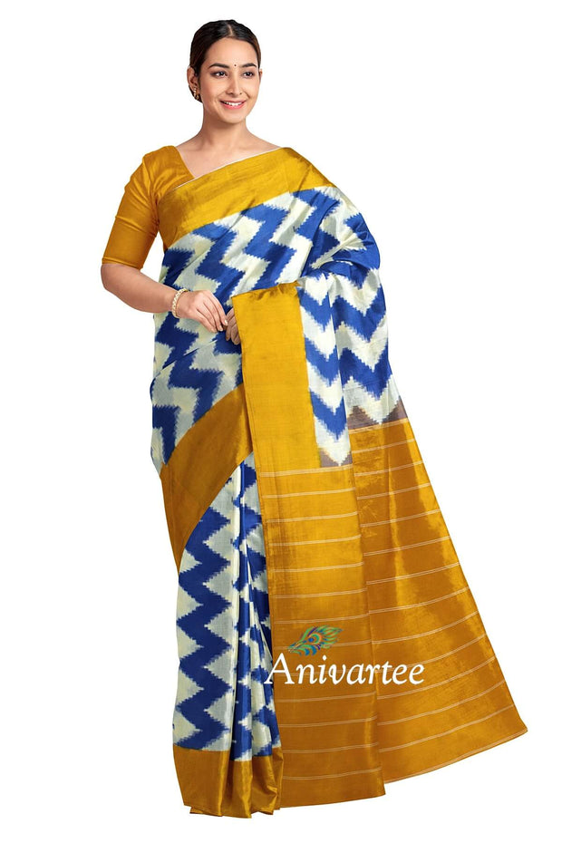 Handwoven double Ikkat telia pure cotton saree in off white