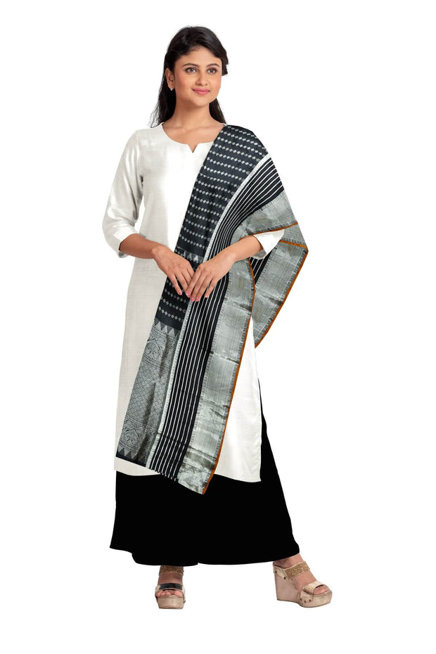Beautiful handwoven Kanchi pure silk dupatta in black with rich pallu and borders