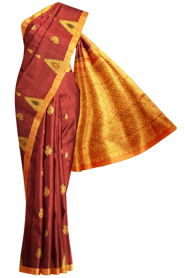 Handloom Kanchi pure silk saree with mango motifs and a temple border - Anivartee