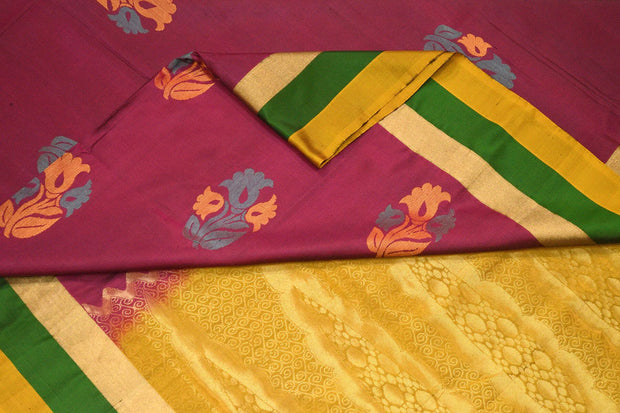 Kanchi soft silk saree  with floral motifs on the body - Anivartee