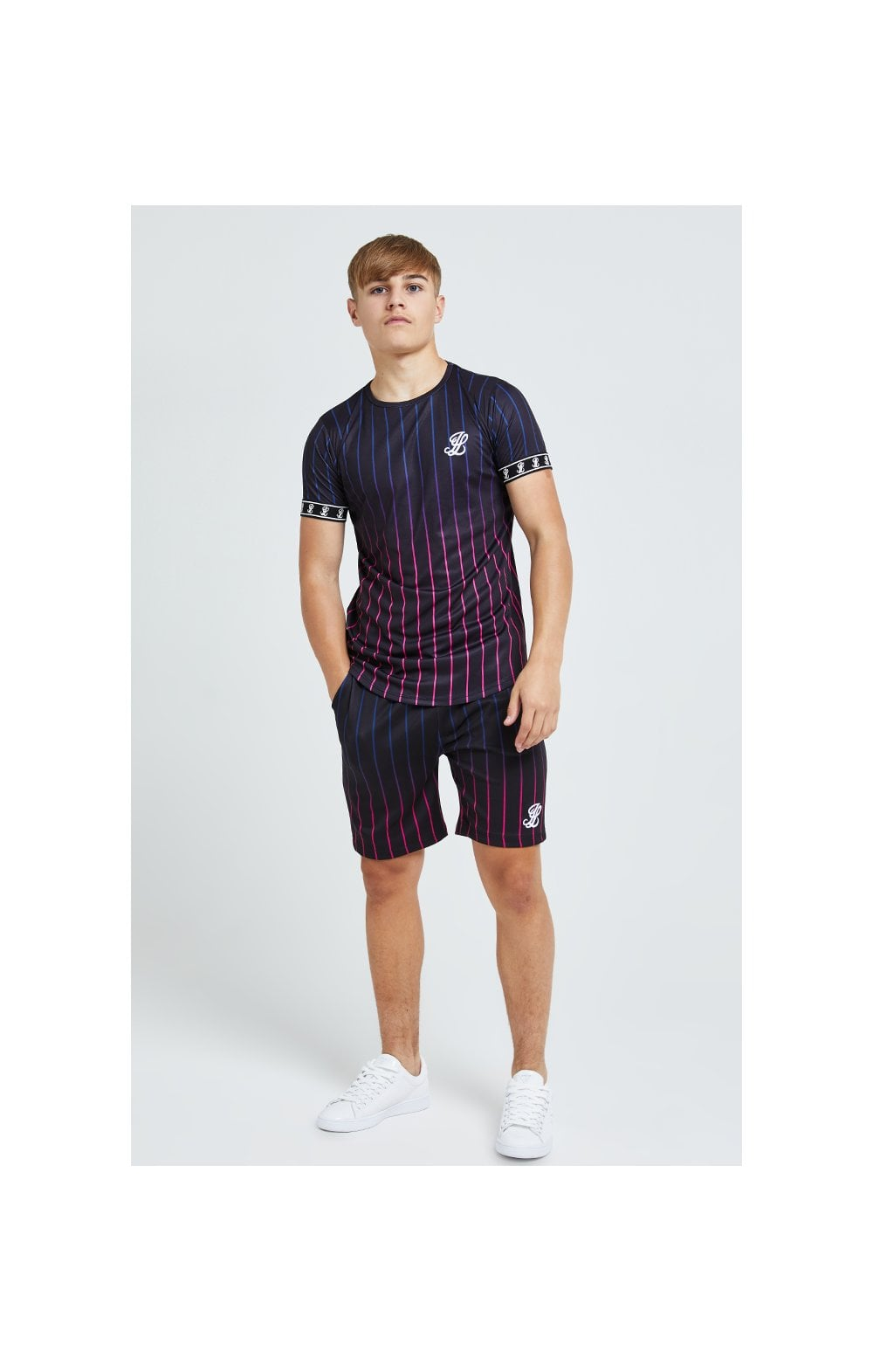 Illusive London Fade Stripe Shorts - Black (4)