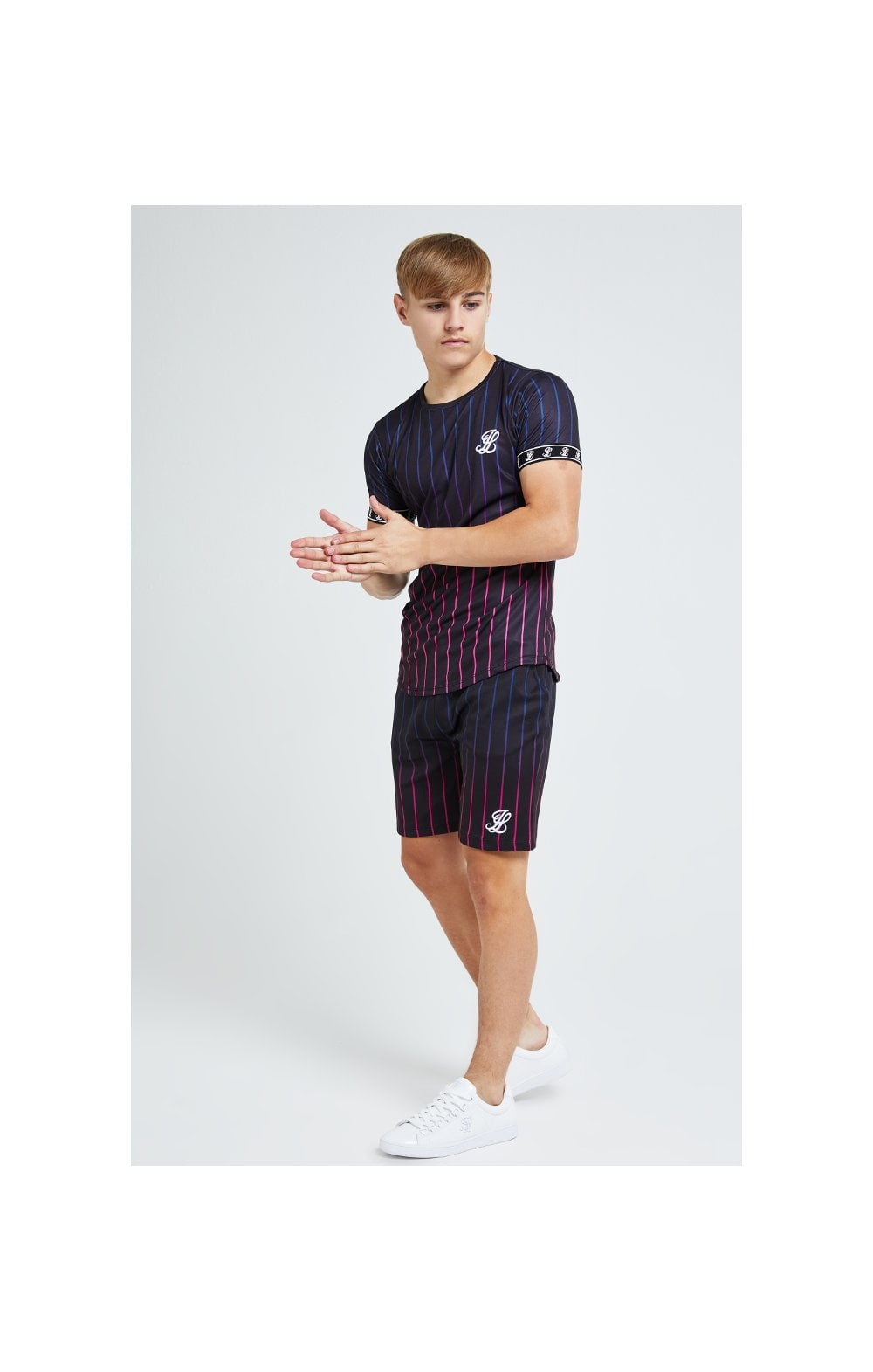 Illusive London Fade Stripe Shorts - Black (5)