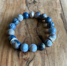 Load image into Gallery viewer, Blue Banded Agate Bracelet