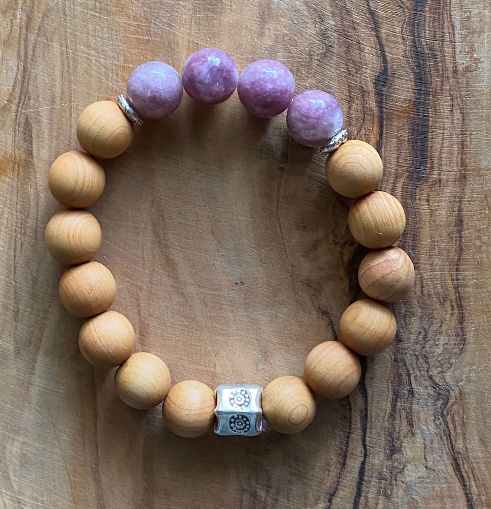 Lepidolite and Sandalwood Bracelet