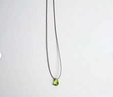 Load image into Gallery viewer, Simple Peridot Necklace