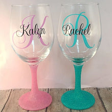 Load image into Gallery viewer, Glitter bottom wine glass