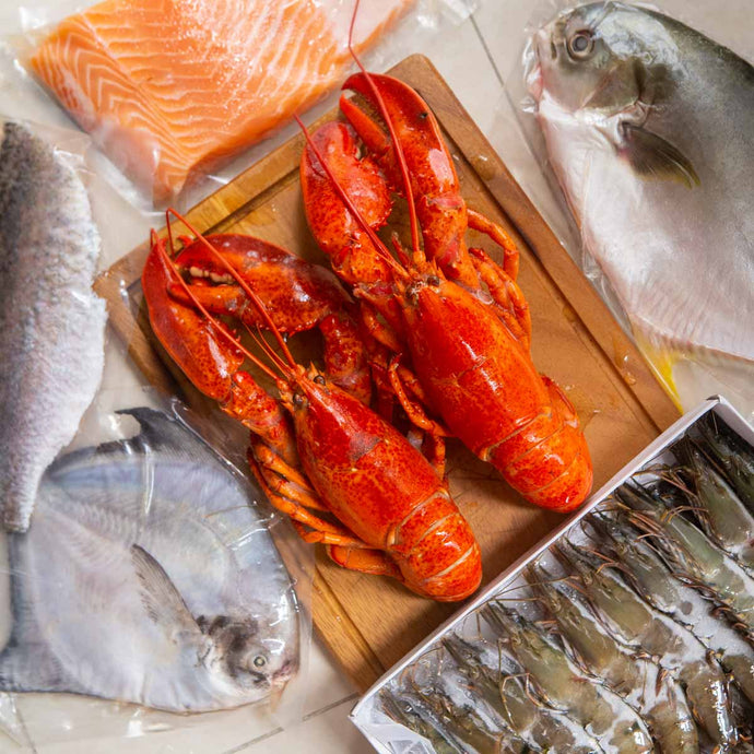 Salmon & Lobster Seafood Box (Sold Out)