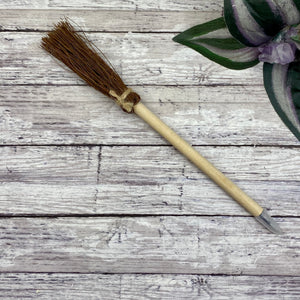 Witch Broom Pen