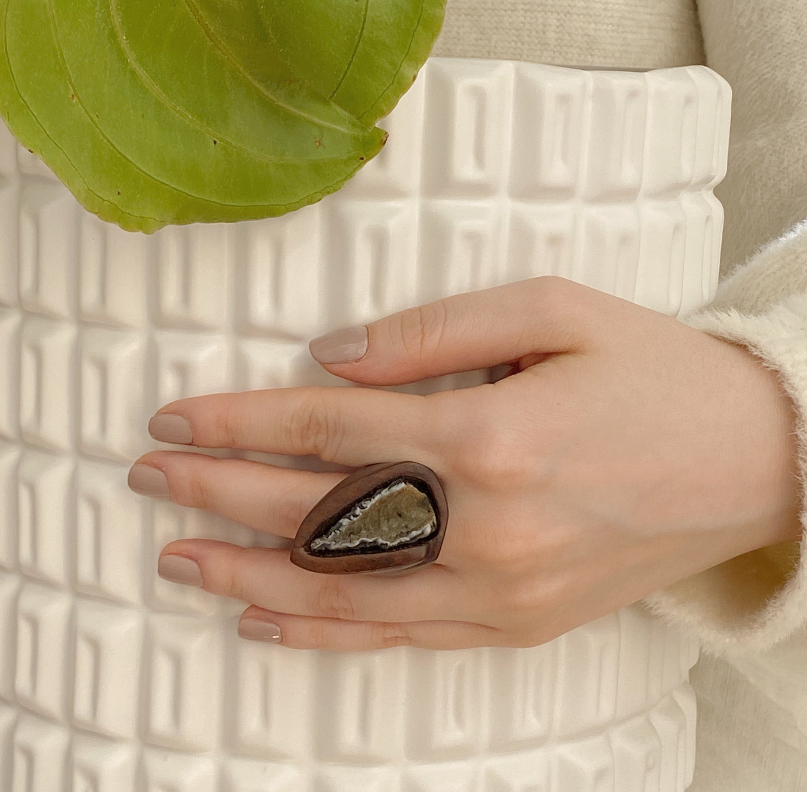 Agate Geode | Wooden Ring