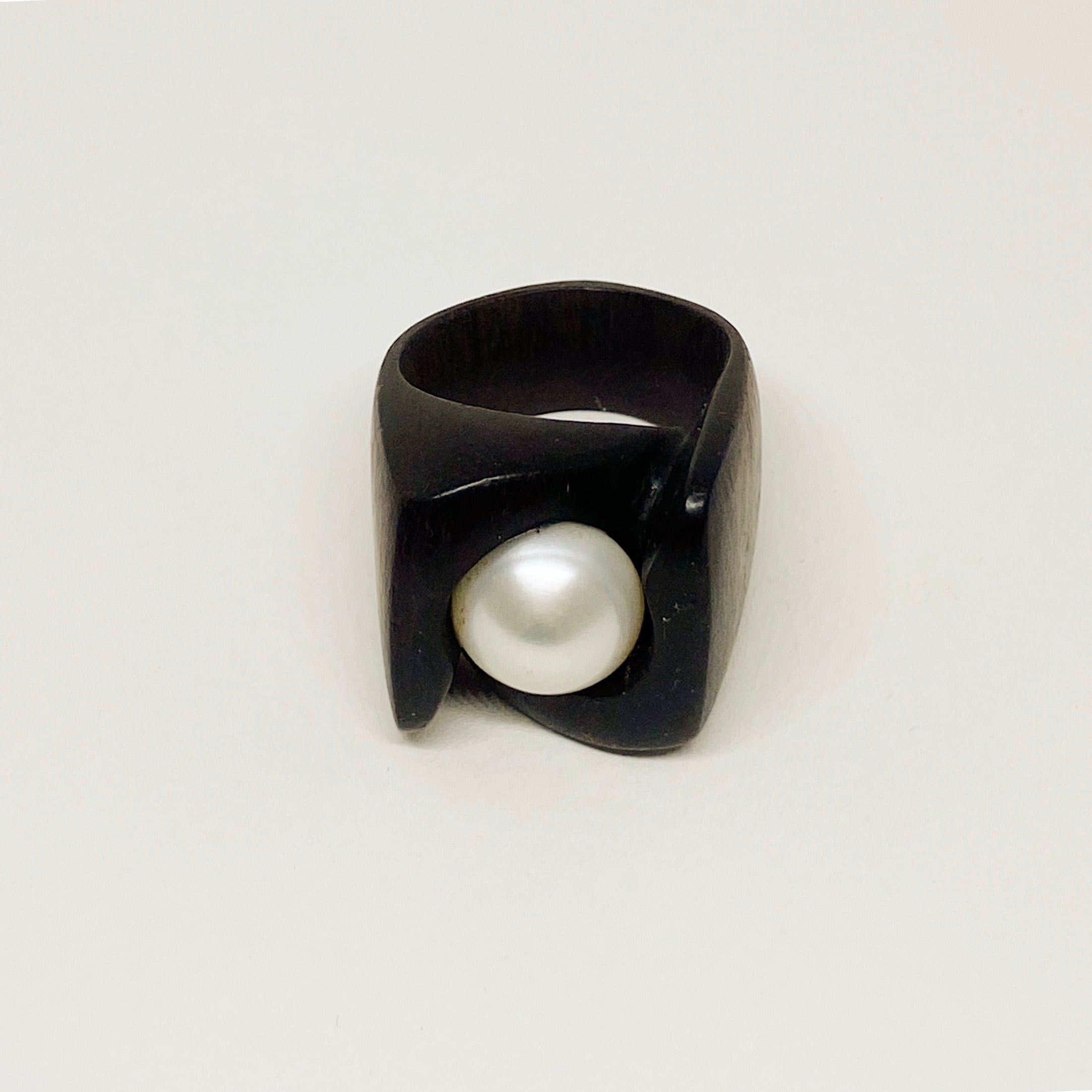 White Pearl Signature | Wooden Ring