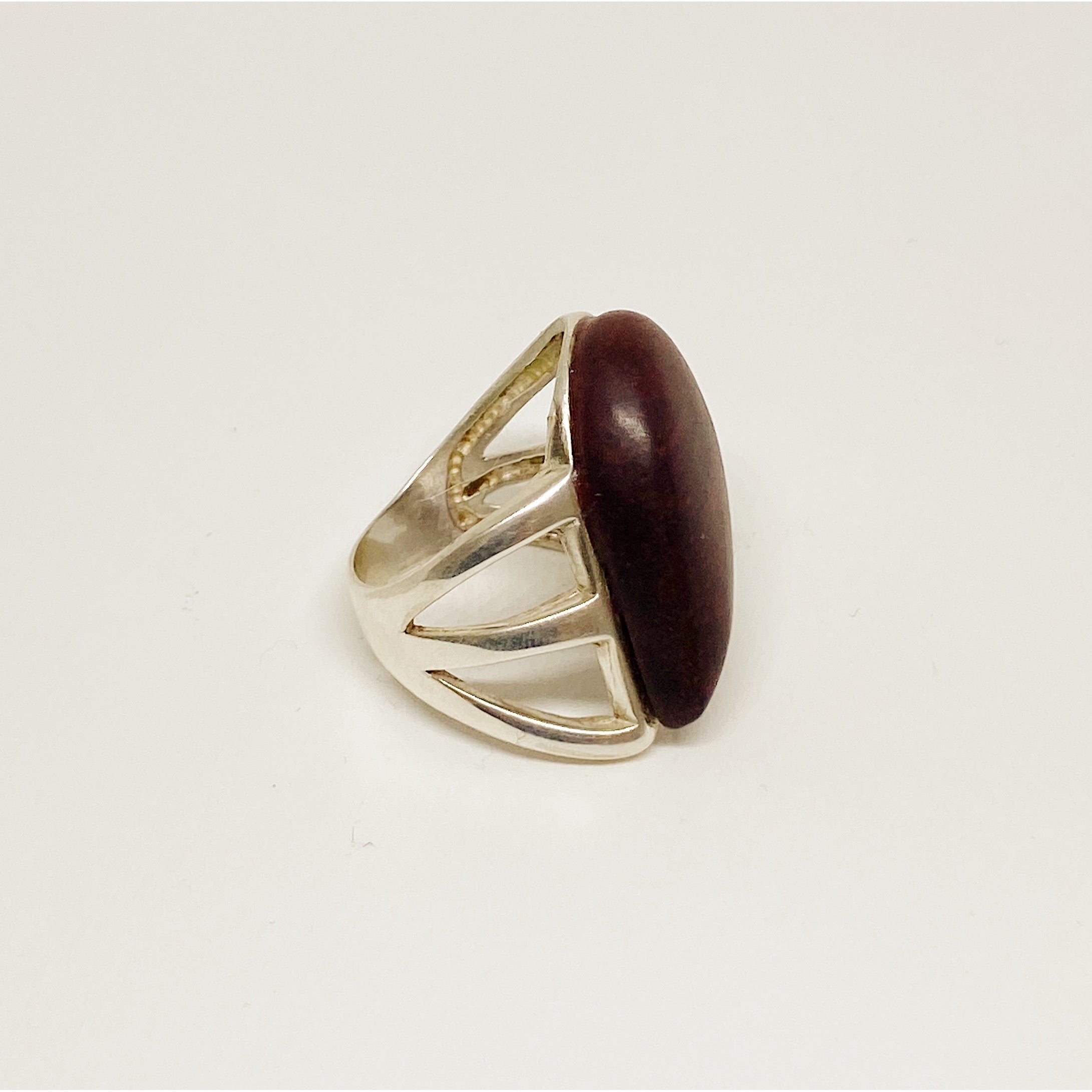 Dark Wooden Drop | Silver Ring