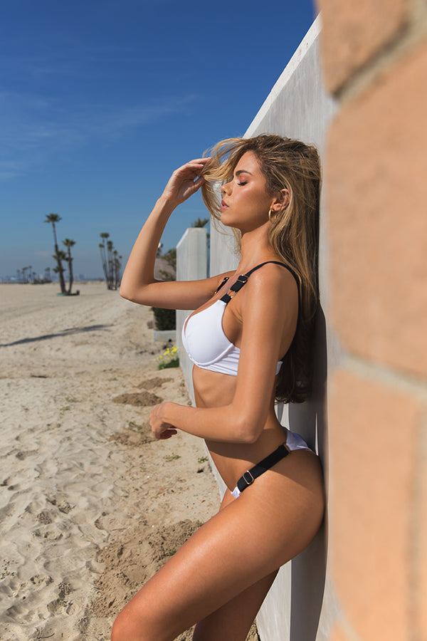 Cali in White colorblock