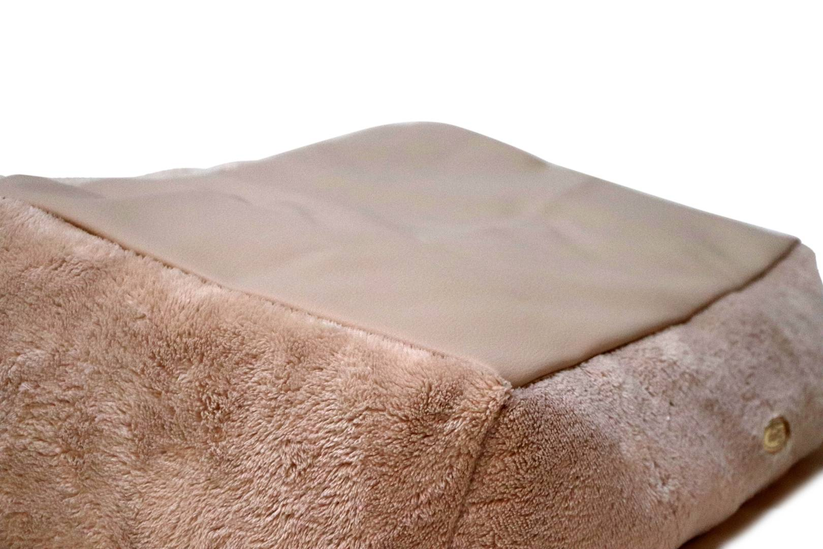 Teddy Bear Basket / Bed Beige