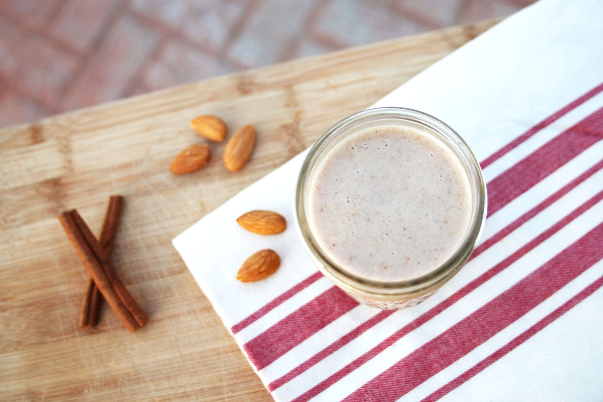Banana Almond Spice Smoothie