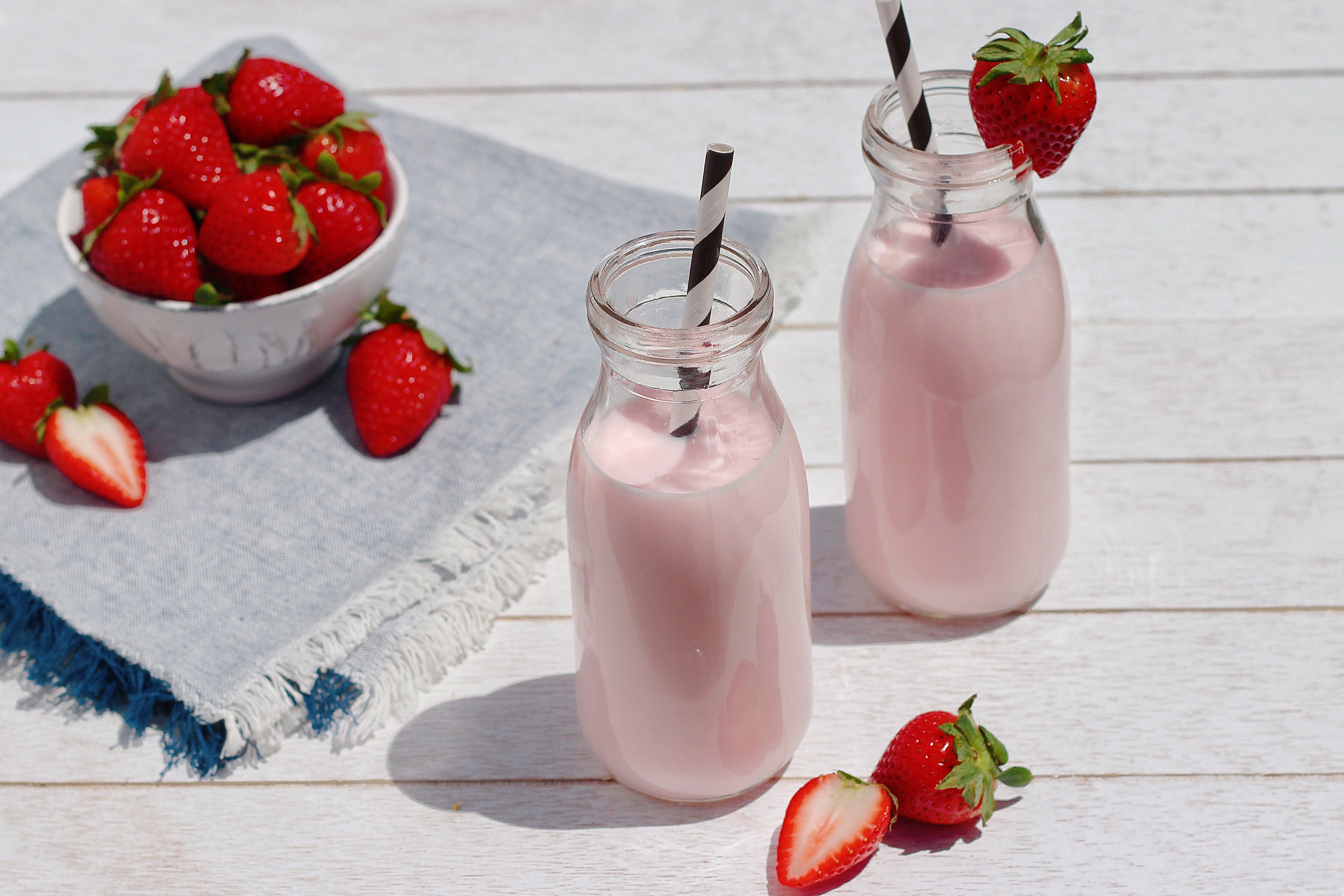 Strawberry Cashew Milk