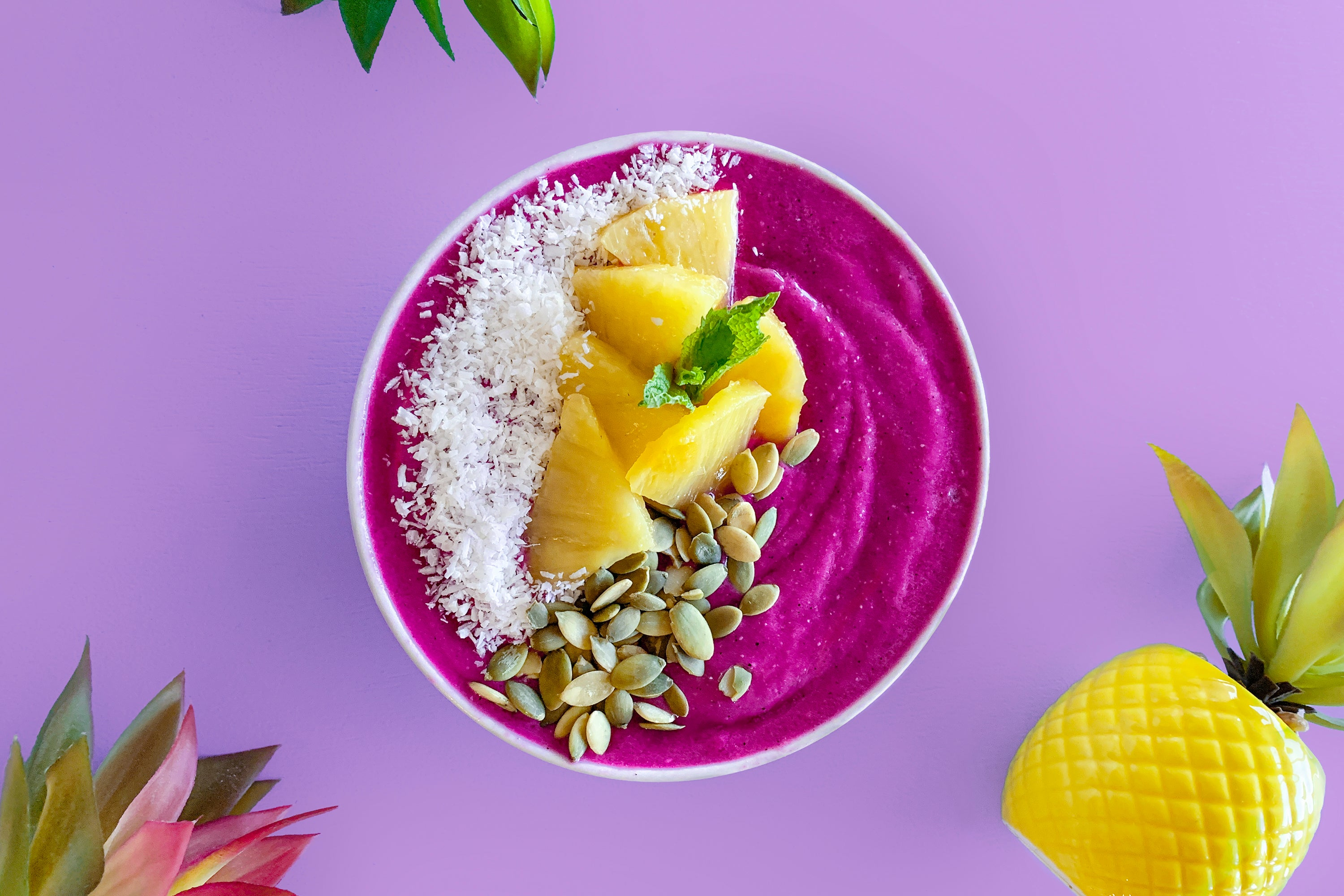 Pitaya Pineapple Smoothie Bowl