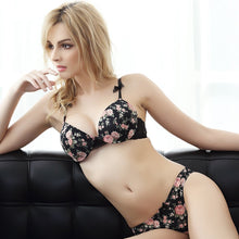 Load image into Gallery viewer, Women Seamless Floral Push Up Women Bra Set | Sexy Lingerie Canada