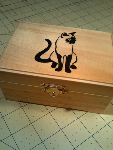 "rare hand made collectible "" Siamese cat "" trinket box"