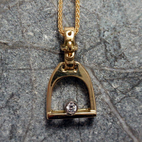 9ct Stirrup Pendant with Diamond