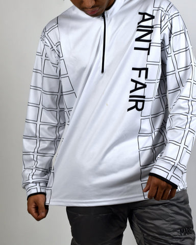 AINT FAIR ZIP NECK - WHITE