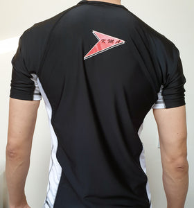 KMA Short-Sleeved rashguard. Black and White. Teenager/mens - Hakutora