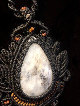 Load image into Gallery viewer, Peruvian opal macramé necklace