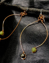 Load image into Gallery viewer, Copper dancing earrings
