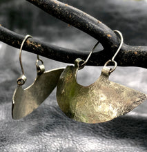 Load image into Gallery viewer, Hammered half moon Mapuche earrings