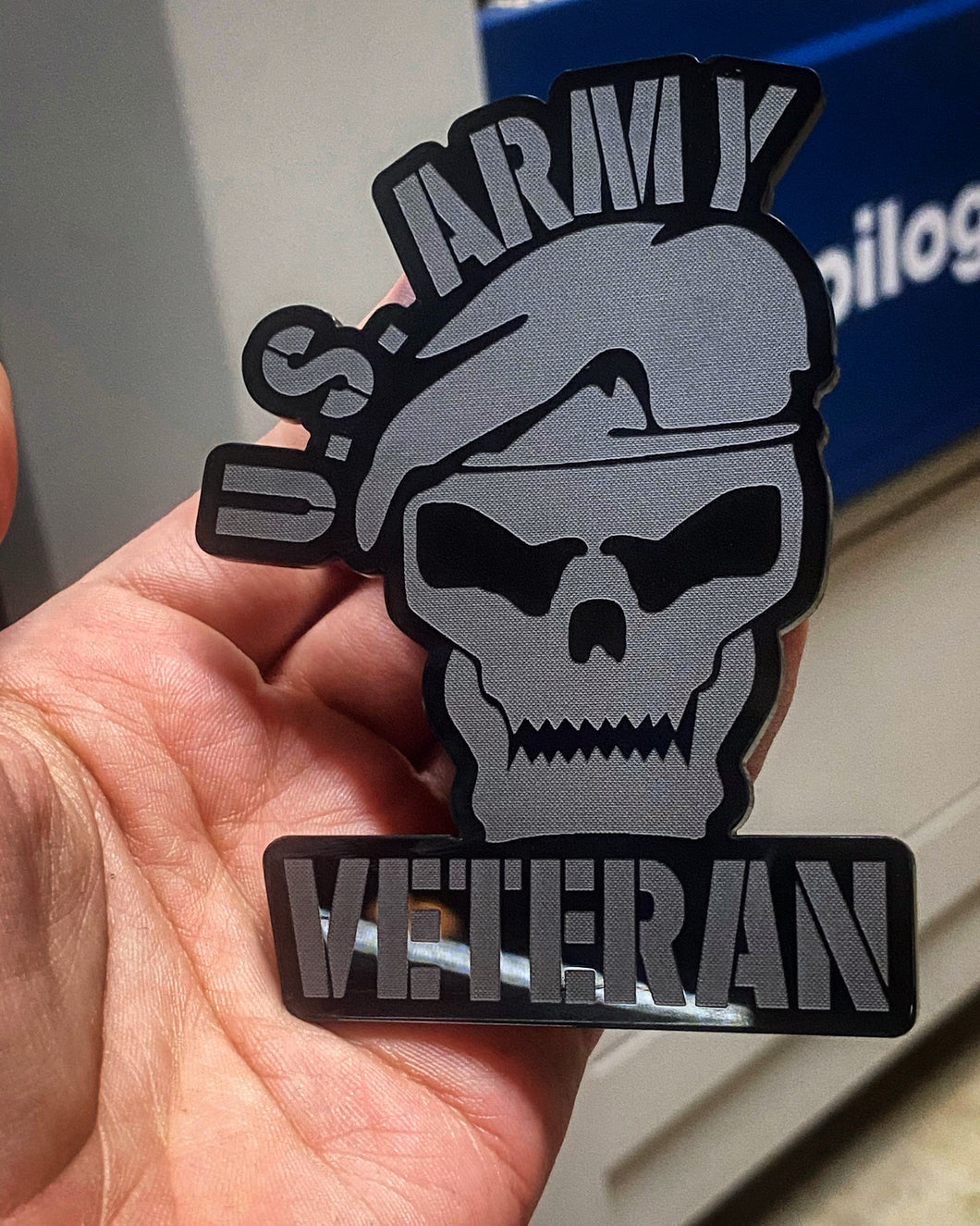 US ARMY Veteran Badges (2) - Forged Concepts Custom Car Badges