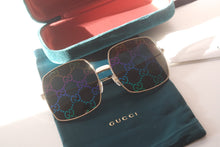 Load image into Gallery viewer, Gucci 0414S Rainbow Logo Mirrored Lens Oversized Sunglasses