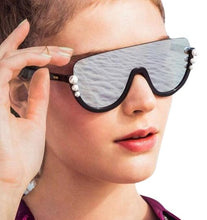 Load image into Gallery viewer, Fendi 0296 Ribbons and Pearls Shield Sunglasses in Silver Mirrored