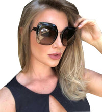 Load image into Gallery viewer, Fendi 0317/S Black Tropical Shine Oversized Square Sunglasses