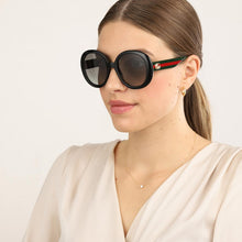 Load image into Gallery viewer, Gucci 0712S Oversized Black Round Logo Leg Sunglasses