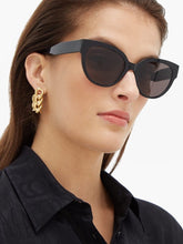 Load image into Gallery viewer, Balenciaga BB0050S Cat Eye Logo Sunglasses in Black