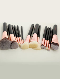 Luxury Babe Fave Brush Set