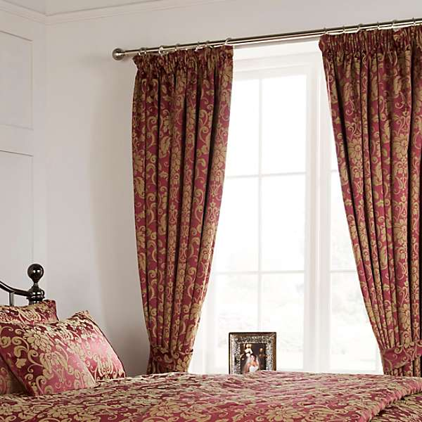 Vantona Como Jacquard Berry Lined Curtains and Tiebacks - 66 x 72