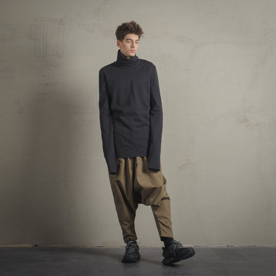 DARK GREY WOOL TURTLENECK