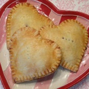 Sweetheart Berry Pies Recipe