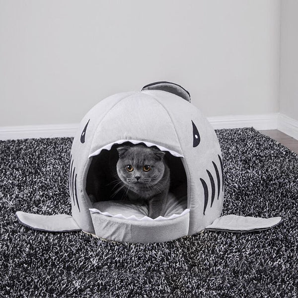 "Dog Bed ""Shark"" - Pawhacks"