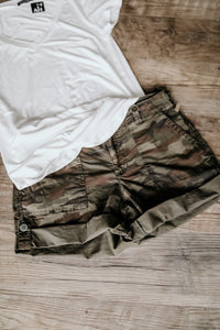 Sanctuary Squad Short in Little Hero Camo