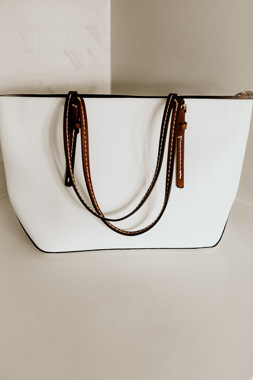 White Leather Tote/Handbag with Brown Leather Straps