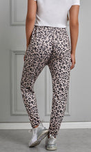 Load image into Gallery viewer, Leopard Print Jogger