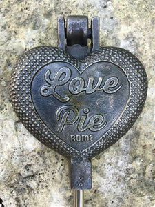 Love Pie Cast Iron - Original By Rome